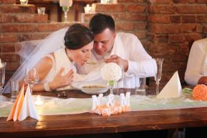 Svatební zvyky - polévka z jednoho talíře