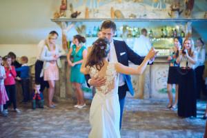 První novomanželký tanec